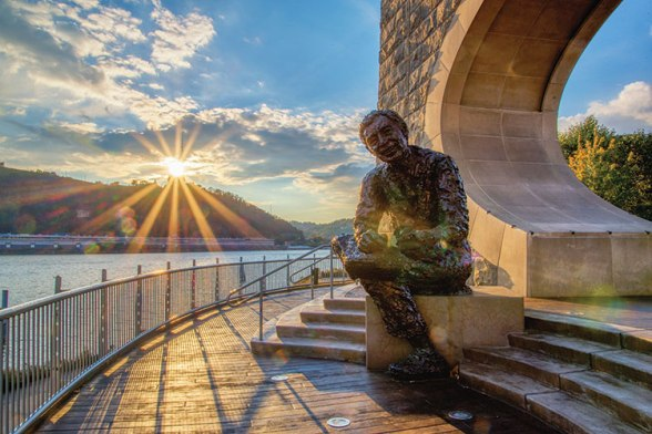 Fred Rogers Statue Pittsburgh