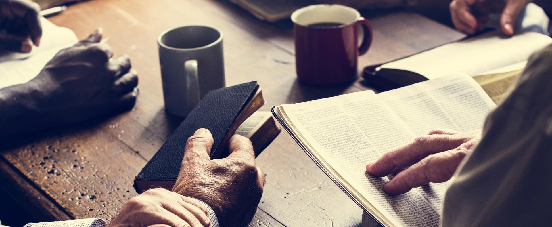 BLOG-blog-1920x789-set-up-bible-reading